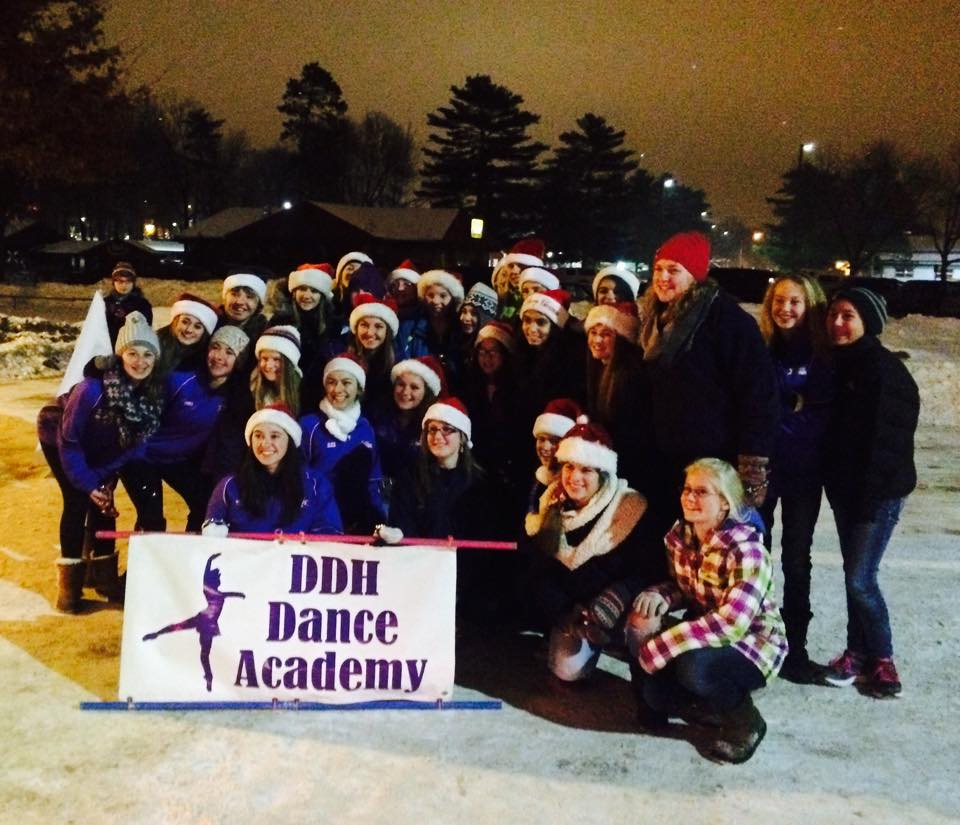 ddh dance christmas parade event